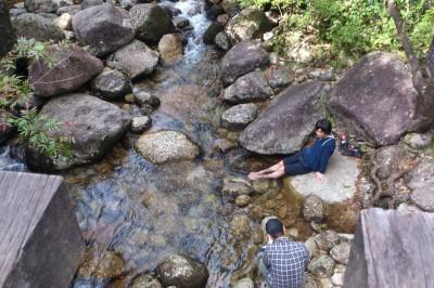 縄文杉、河原でアイシング
