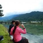 永田川の河原でお弁当タイム