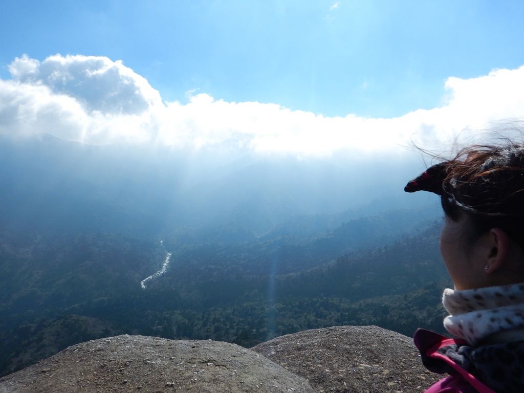 ダイナミックな景色広がる太鼓岩