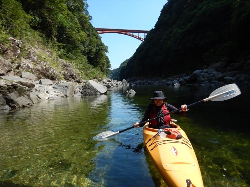沢登り&カヤック 午後からは安房川でカヤック!リピーターのKさん今年もありがとうございました!