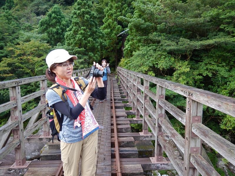 小杉谷橋でパチリ。景色も最高!