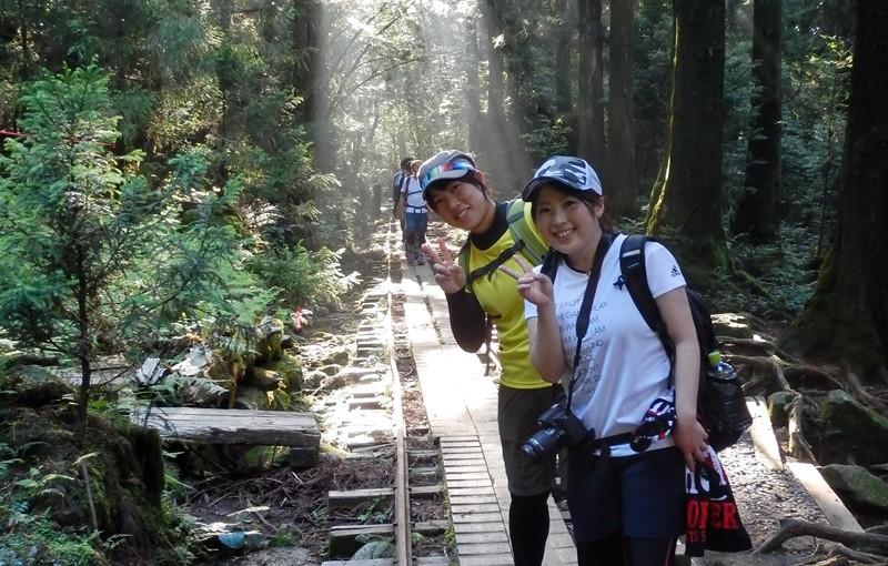 はじける笑顔 元気いっぱい縄文杉へ行ってきました!